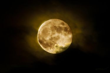 Full Moon 5-17-2011 by Rocco-Ruthless