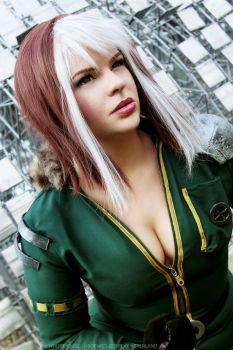 Rogue by whisperdoll