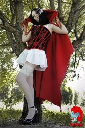 Red Riding Hood by YanaHell