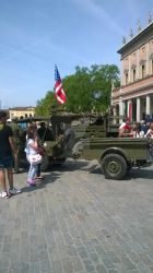 Soldiers And Jeeps 2 by Ilda28399