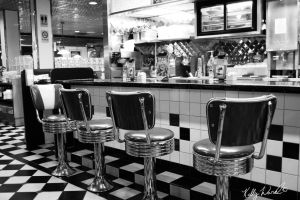 Diner in BW by thegiftedones