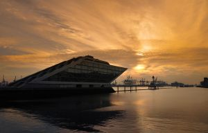 Lightshow Sky at Dockland HH by Bull04