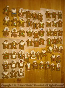 Gingerbread Army by ConfusedLittleKitty