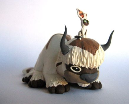 Appa and Momo Sculpture by DragonsAndBeasties