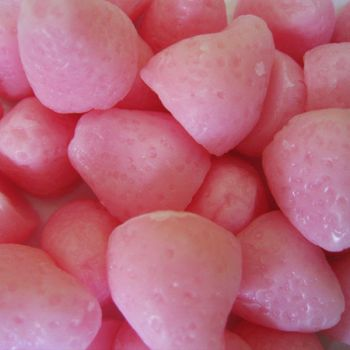 Strawberry Mini Soaps in Pink by instantpudding
