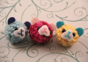Amigurumi Guinea Pig Magnet Set by AmiTownCreatures