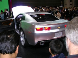 2006 camaro rear veiw by crusher500