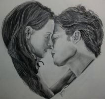 Heart-Bella and Edward by jennieannie