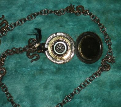 Steampunk Pocket Compass Open 1 by Windthin