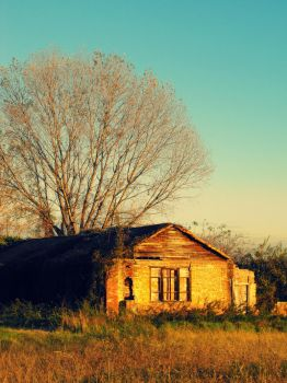 Old House by scretos