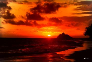 Kailua Sunrise by digitalabstract