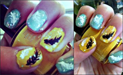 Feather Nails by LovePeaceHearts