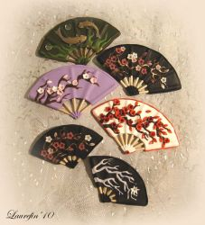 Fans - brooches by Laurefin-Estelinion