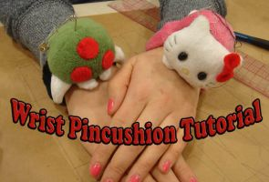 Wrist pincushion tutorial by Eyes5