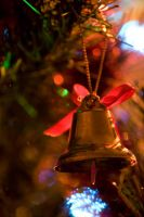 Christmas Bell by wackymanda