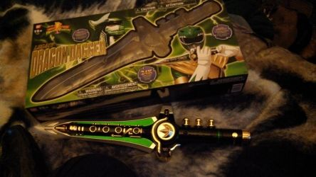 Legacy Green Ranger Dragon Dagger. by Sliverbolt