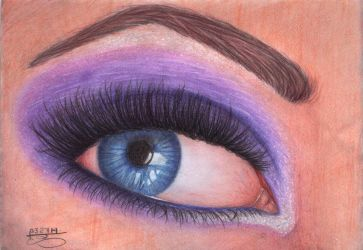 Colored eye by craziigiirl