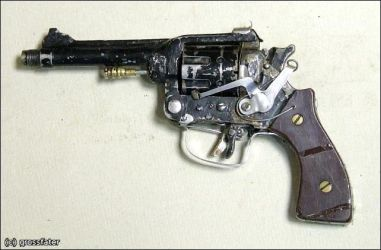 home-made revolver 2 by MADMAX6391