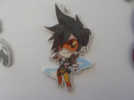 Overwatch Tracer Necklace by Vavercraft