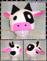 Fleece Cow Hat by AnimeNomNoms
