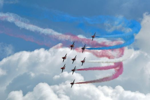 Red Arrows I by neon-sunrise