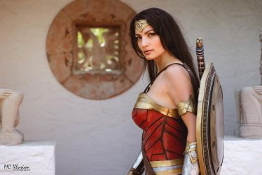 I am ready for battle. Wonder Woman by Ivy95