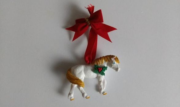 [Craft]: Horse Ornament by BluegrassBrooke