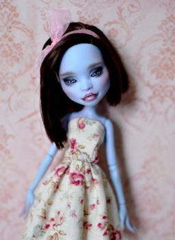 Abbey Bominable  - OOAK Custom Monster High doll by Katalin89