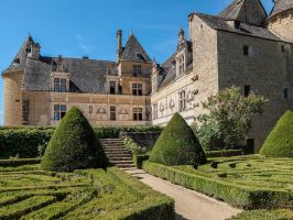 Chateau du Montal 036 - Castle and French Garden by HermitCrabStock