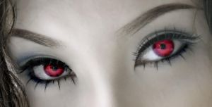 A vampires eyes... by KnightDrako