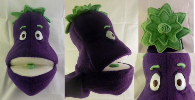 Eggplant Puppet by FehFeh13