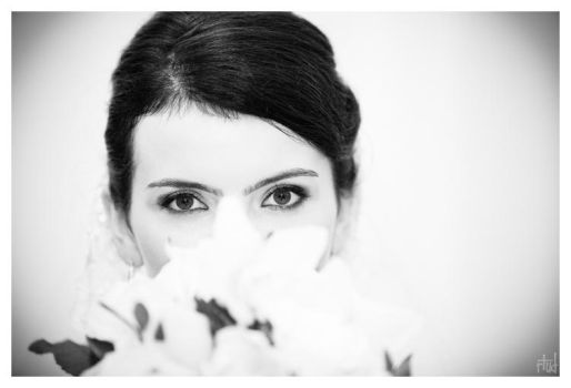Raluca. Being bridal. by rtud