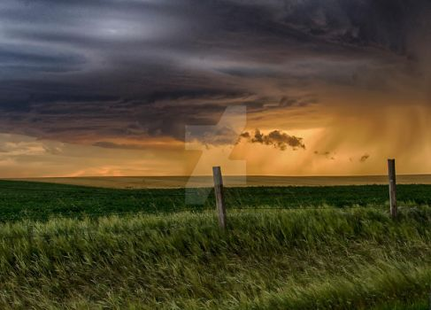Thunderstorm in Montana by pureanodyne