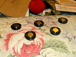 Fangirl construction - Corset buttons by PirogoethsCosplay