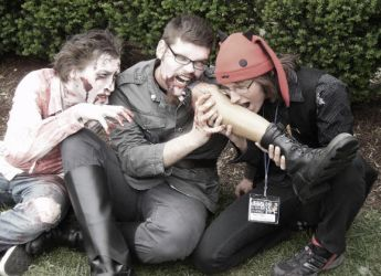Noming Zombies - Acen 2010 by ApachiChief