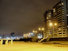 Costanera nocturna by icetruper