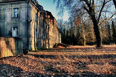 orphanage 2 in HDR by Athrian