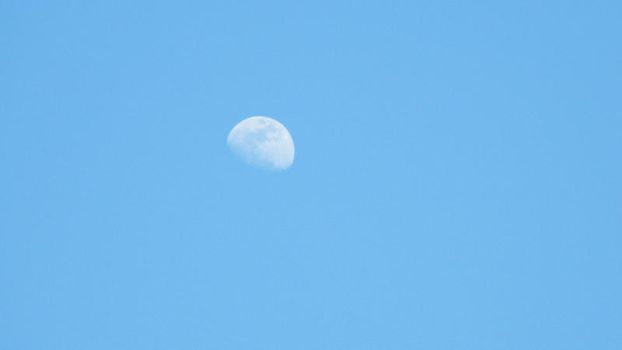 Daytime Moon 7 by Wiccanslyr