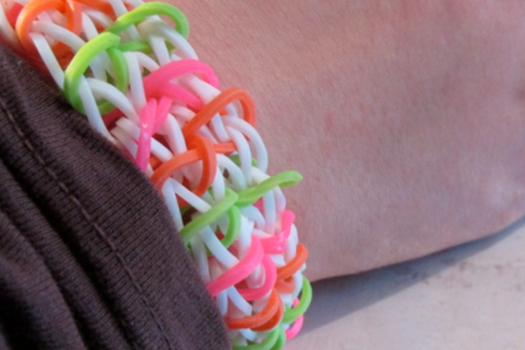 Zippy Chain Rainbow Loom by Sophie02