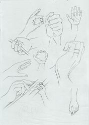 Hand poses by aliceazzo