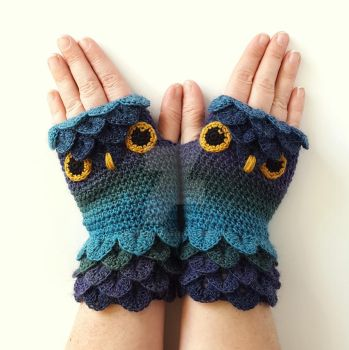 Twilight Owl Gloves by FearlessFibreArts