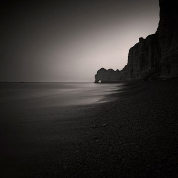 Dawn at Etretat by Eukendei