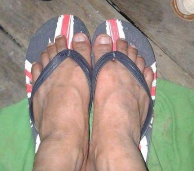 Asian guys feet and toes by Tinybr
