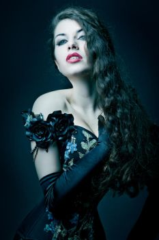 Overbust Corset 'Kassandra' by v-couture-boutique