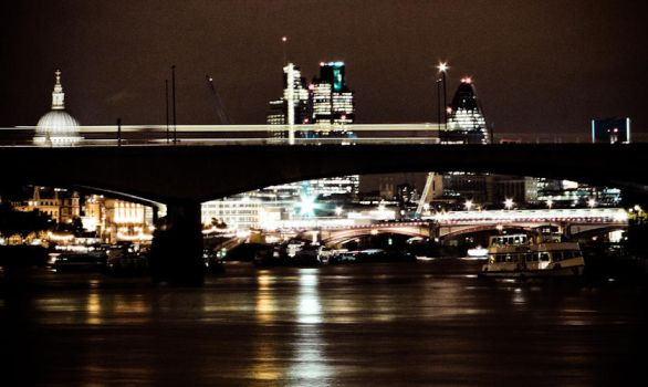 Thames v2 by GameEs