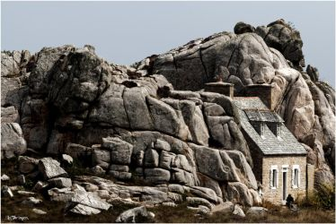 F1865 - The house in the rocks. by Lothringen