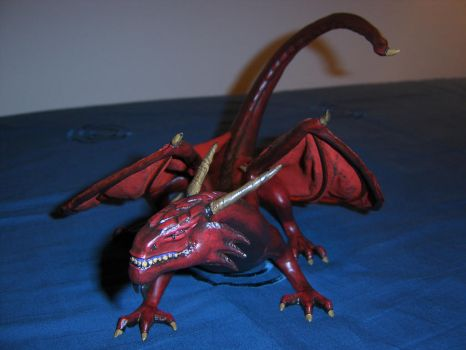 Dragon sculpture by TKnockers