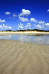 Waves in the sand, Spirits Bay by vickychica