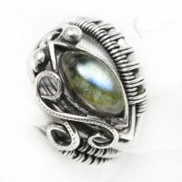 NEXEELETH Silver and Labradorite ( ring ) by LUNARIEEN