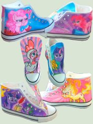 My little Sneakers by Tohmo